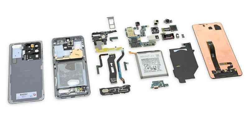Samsung Galaxy S20 Ultra disassembled